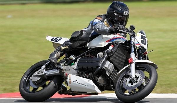 BMW K100 BEARS Racer Snetterton June 2012